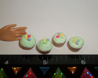 1:6 Play Scale Dollhouse Miniature Handcrafted Easter Egg Cupcakes Dessert Doll House Food ~ reference Barbie hand for size 1147