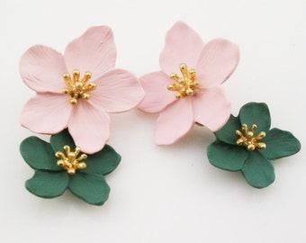 """Joan Rivers Two Tone  Flowered  PIERCED Earrings   1 1/2"""""""