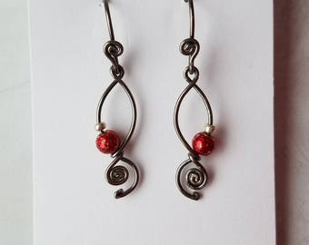 Red Twisted Earrings, Choice of wire color, Wire earrings, unique jewelry,