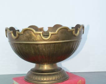 Vintage Brass Pedestal Bowl, Brass Planter, Vintage Brass Crown Pedestal Bowl, Brass Footed Bowl