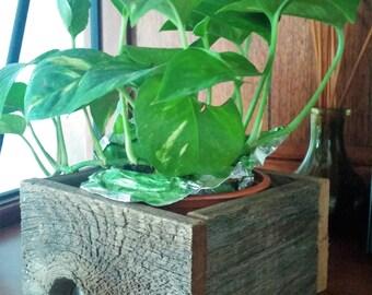 Rustic Cedar Wood Box, Flower Box, Wedding Decor, Wood Shelf, Reclaimed Wood Box