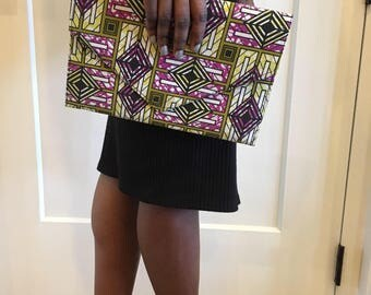 Small flat envelope clutch