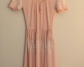 Beautiful 1940's day dress with eyelet details