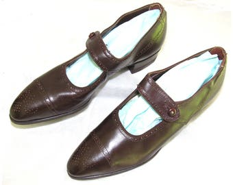 Vintage 1920's Brown MaryJane Shoes - Dixie Girl