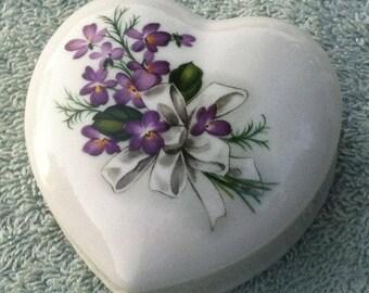 Liette International Porcelain heart shaped trinket box