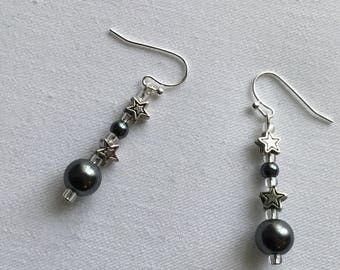 Grey bead star dangly earrings