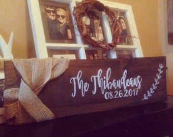 Family Name + Wedding Date Sign With Burlap Twist | Anniversary Gift, Wedding Signs #burlapandbarn