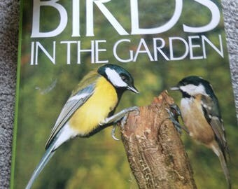 Vintage Birds In The Garden Book By Mike Mockler. HB     1982