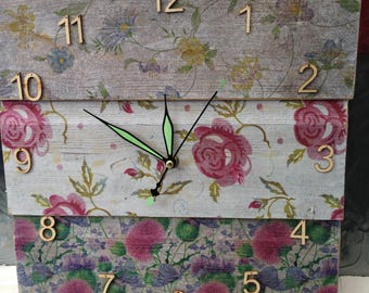 Wooden clock, recycled wood