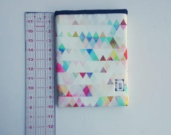 CLEARANCE RG Waterresistant Diamond Geometric Book Sleeve: Please read description