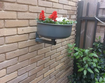 recycled metal planter