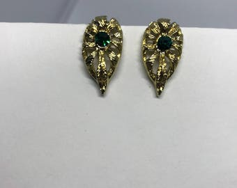 Vintage Clip On Earrings - green rhinestone & gold tone