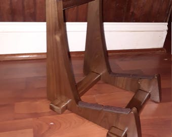 American Walnut single acoustic guitar stand