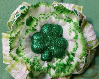 St. Patrick's Day Hair Bow ...Free SHIPPING