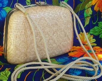 PERFECT Vintage Woven Basket Purse