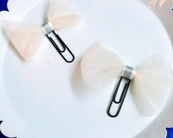 2 Piece White Tulle Bow Paperclips