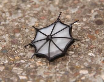 Spiderweb brooch, gothic spiderweb jewelry, white gothic brooch, halloween handmade jewelry, handmade spiderweb