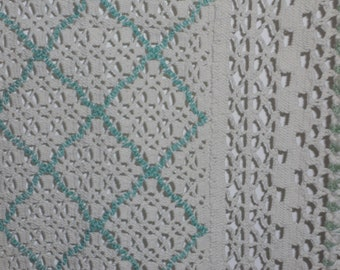 """Vintage Damaged Table Runner ecru & green 12""""x42"""" Craft PRoject material"""