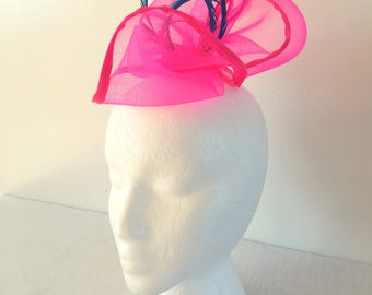 Fuscia Pink Fascinator, Wedding Fascinator, Church Hat, Tea Party Fascinator, Derby Fascinator, Easter Fascinator, Holiday Hat