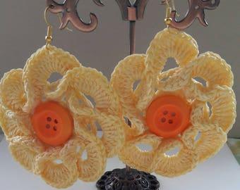 Yellow swirl design earrings