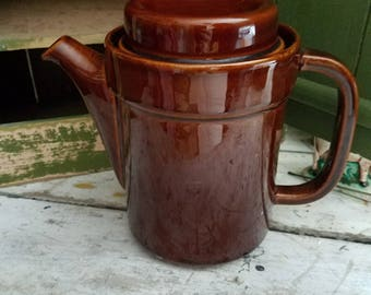 Vintage Coffee Pot / Brown / Vintage Stoneware / Vintage Pfaltzgraff / Vintage Tea Pot / Vintage Dishes / Vintage Decor / Vintage Dining