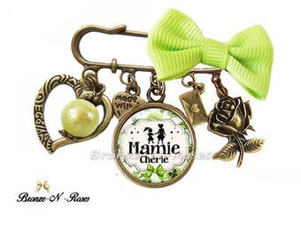 """Dear Grandma"" gift costume jewelry pin celebrating great grandmothers Green"