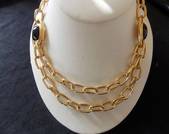 Vintage Monet Signed Gold Tone Chunky Chain Black Enamel Necklace #E23