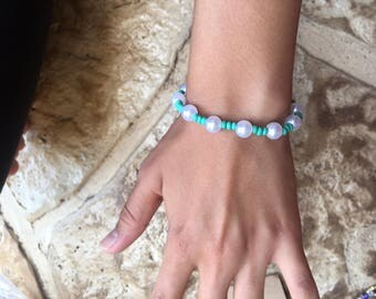 Teal beads and pearl bracelet