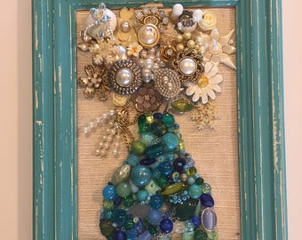 Free jewelry wall art Framed jewelry pictures jewelry wall art antique framed jewelry art jewelry wall decor vintage jewelry framed