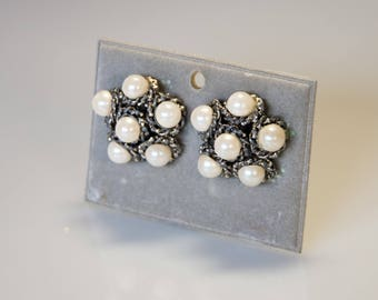 60s vintage earrings-extravagant futuristic design, silver plated brass with pearl-coloured pearls. Abstract Modernist
