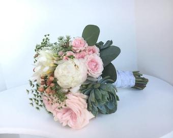 Succulent Bouquet | Wedding Bouquets | Wrist Corsage | Succulent Corsage | Corsage Prom | Groom Boutonniere | Bridal Flowers