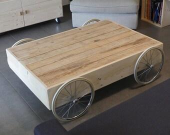 Table low vintage stroller