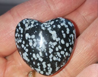 Snow flake obsidian heart