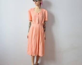 1970s Vintage Dress. Polka Dot Dress. Peach Dress. Midi Dress. Dress with pleated Skirt