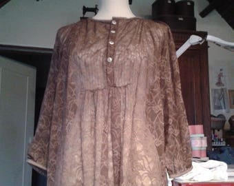 a Brown transparent tunic lace