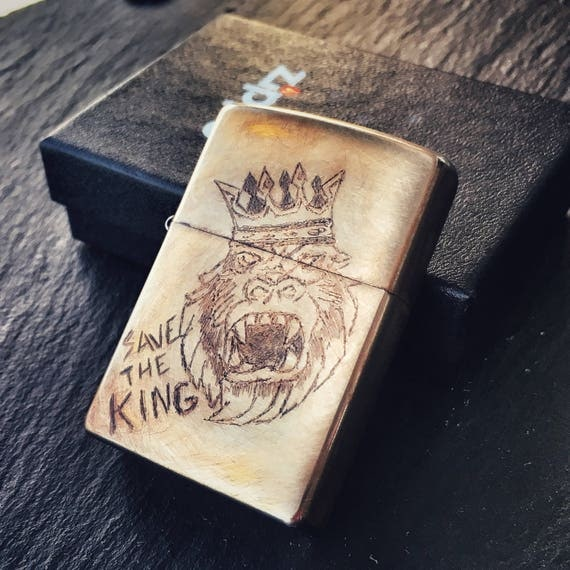 Custom Zippo Save the King by Olmo