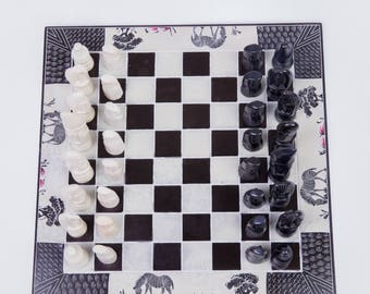 Mlazomlazo African Chess Set