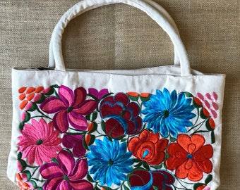 Mexican Hand Woven Purse / Mexican Embroidered Purse /