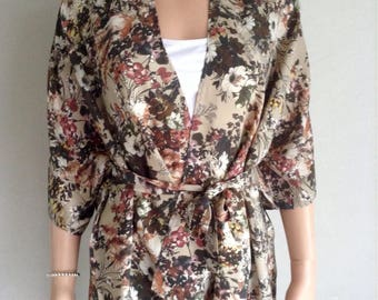 Flowing kimono 38/40/42/44/46/48/50 printed floral and foliage