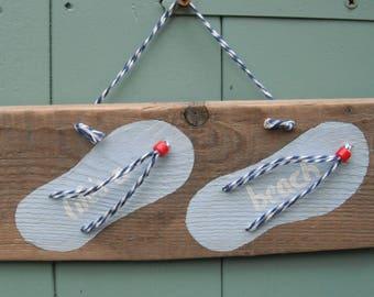 Driftwood Flip Flop sign . Life's a beach.