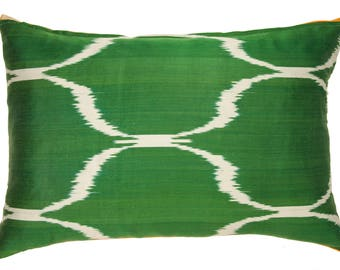Light Yellow Pure Silk Ikat Pİllow Combined With Green Backing