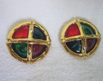 Red & Green Gold Tone Christmas Large Disc Clip on Earrings Lively and Fun