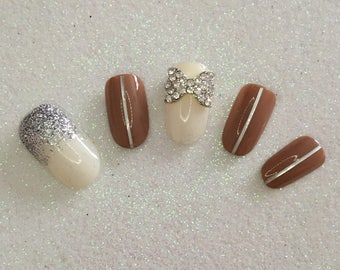 READY TO SHIP * Ivory & Nude Press On Nails * Fale Nails * False Nails