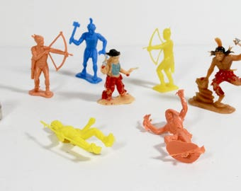 Plastic Indians - Lot of 6 Vintage Plastic Native American Guys