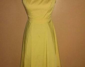 Queen of heartz 60s inspired yellow dress