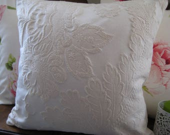 Decorative pillow acanthus leaf with Peony