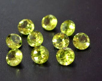 Natural 8 mm round peridot  faceted high quality gemstone
