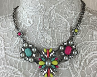 Zoe Statement Necklace - Bright