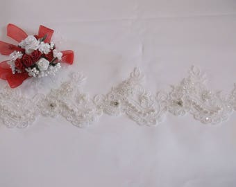 White Silver/Rhinestone Beaded Scalloped Lace