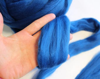 Blue Dyed Corriedale Wool Roving - Super Soft, 23 Microns - 1lb